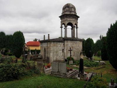 Boží hrob na Františkánském hřbitově Votice_6