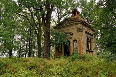 Hrobka Hustopeče nad Bečvou_1