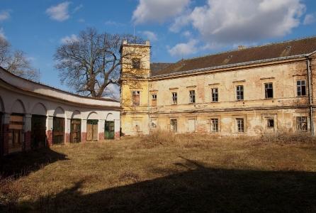 Zámek a park Veselí nad Moravou_20