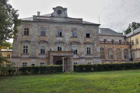 Zámek Hluboš_15