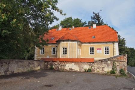 Zámek Hluboš_37